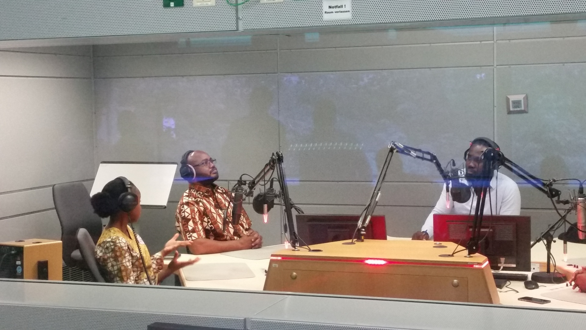 AGGN fellows in the Deutsche Welle studio