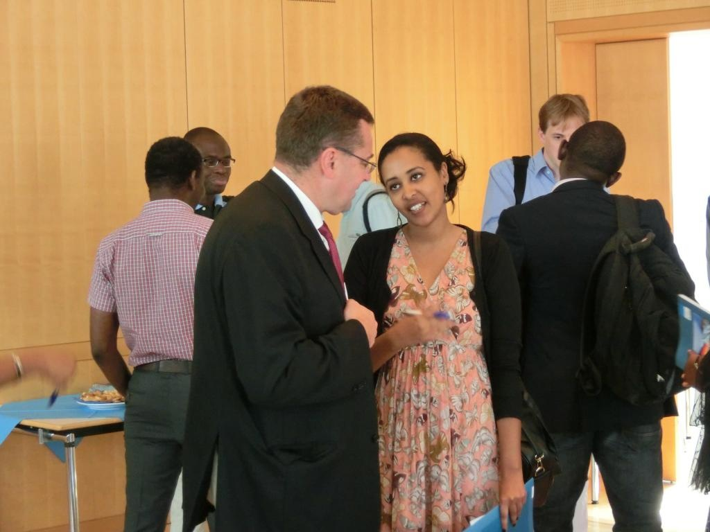 Fellows in exchange with experts from the Hanns-Seidel-Foundation