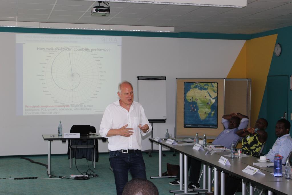 Keynote speaker Prof. Robert Kappel